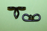 Wire moulding clip, length 15.58mm, width 7.86mm, panel hole 6.35mm. Ford Consul, Zephyr, Zodiac MK1 and general application.