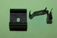 Weatherstrip/Moulding clip. Ford Capri MK2/3 (Outer)